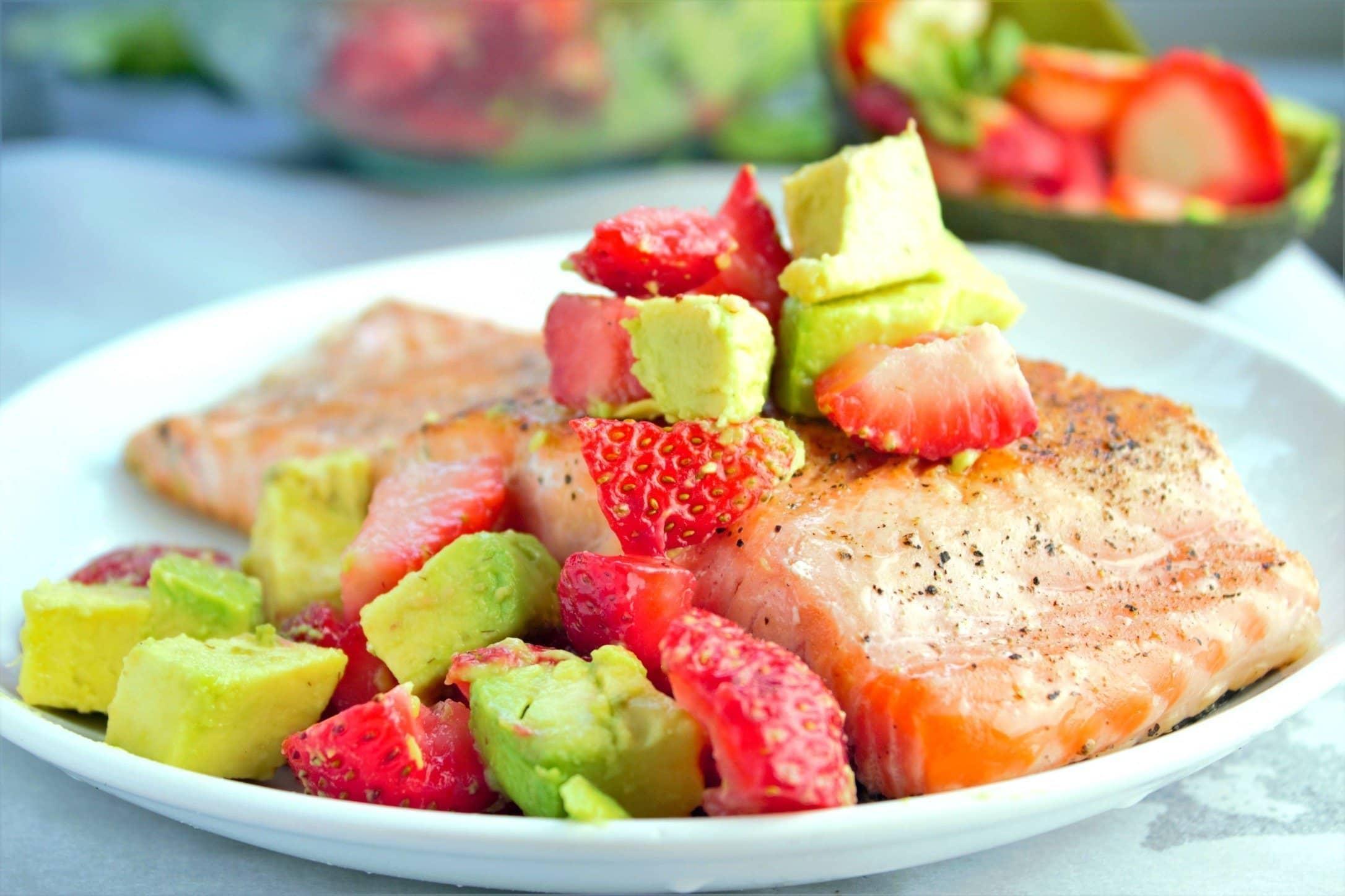 Pan Seared Salmon with Strawberry Avocado Salsa - Sweet Tea & Thyme