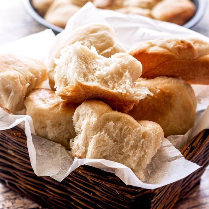 Southern Yeast Rolls (Sister Schubert Copycat)