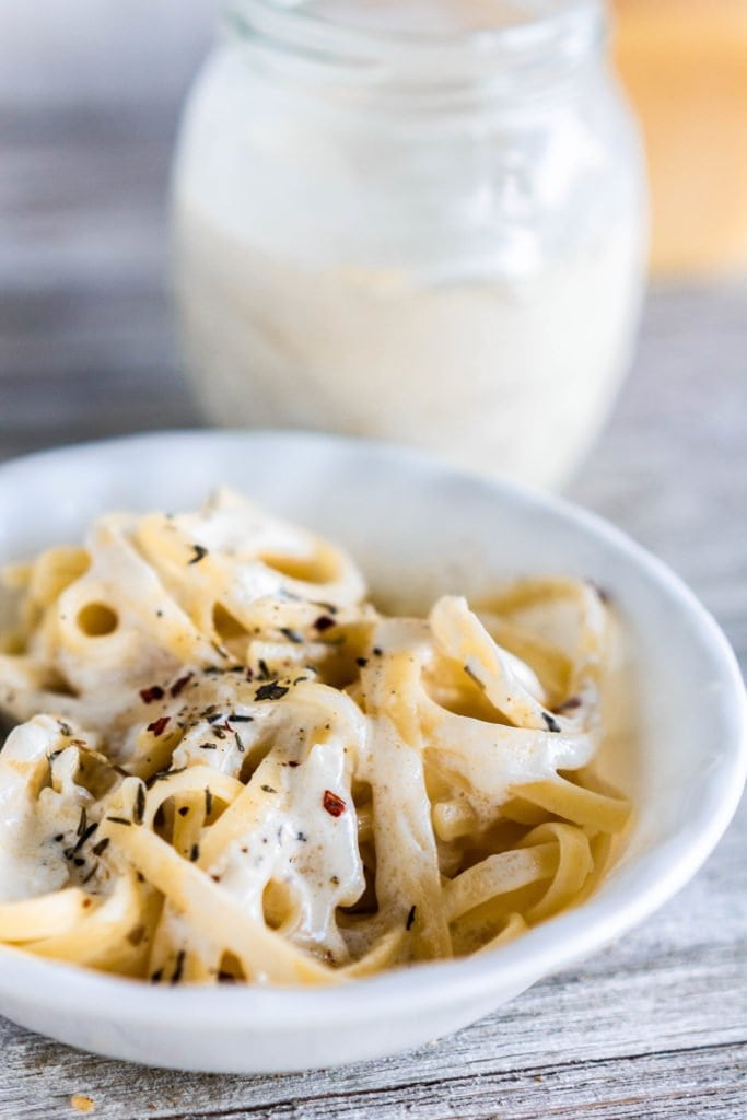 Creamy, rich, comforting alfredo sauce is insanely easy with only 6 ingredients and served in 10 minutes!